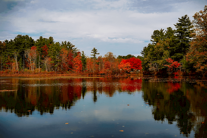 Autumn colors in the Massachusetts countryside